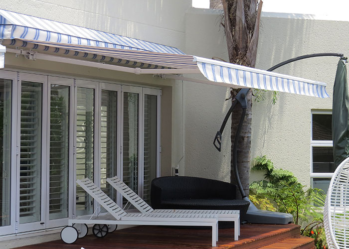 Retractable Fold Arm Awning